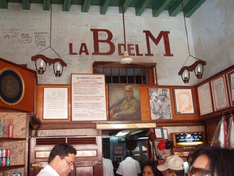 En La Bodeguita Del Medio Disfrutarás De La Alegría Y El Sabor De La Comida Criolla En La Habana Vieja Cuba